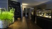 Distributeur de vin au verre chez Le Verre a Soi Grenoble France