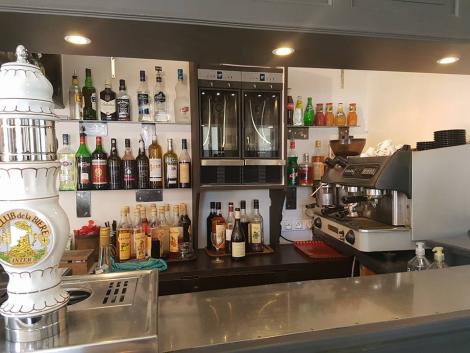 Le Café de Paris, Brassac