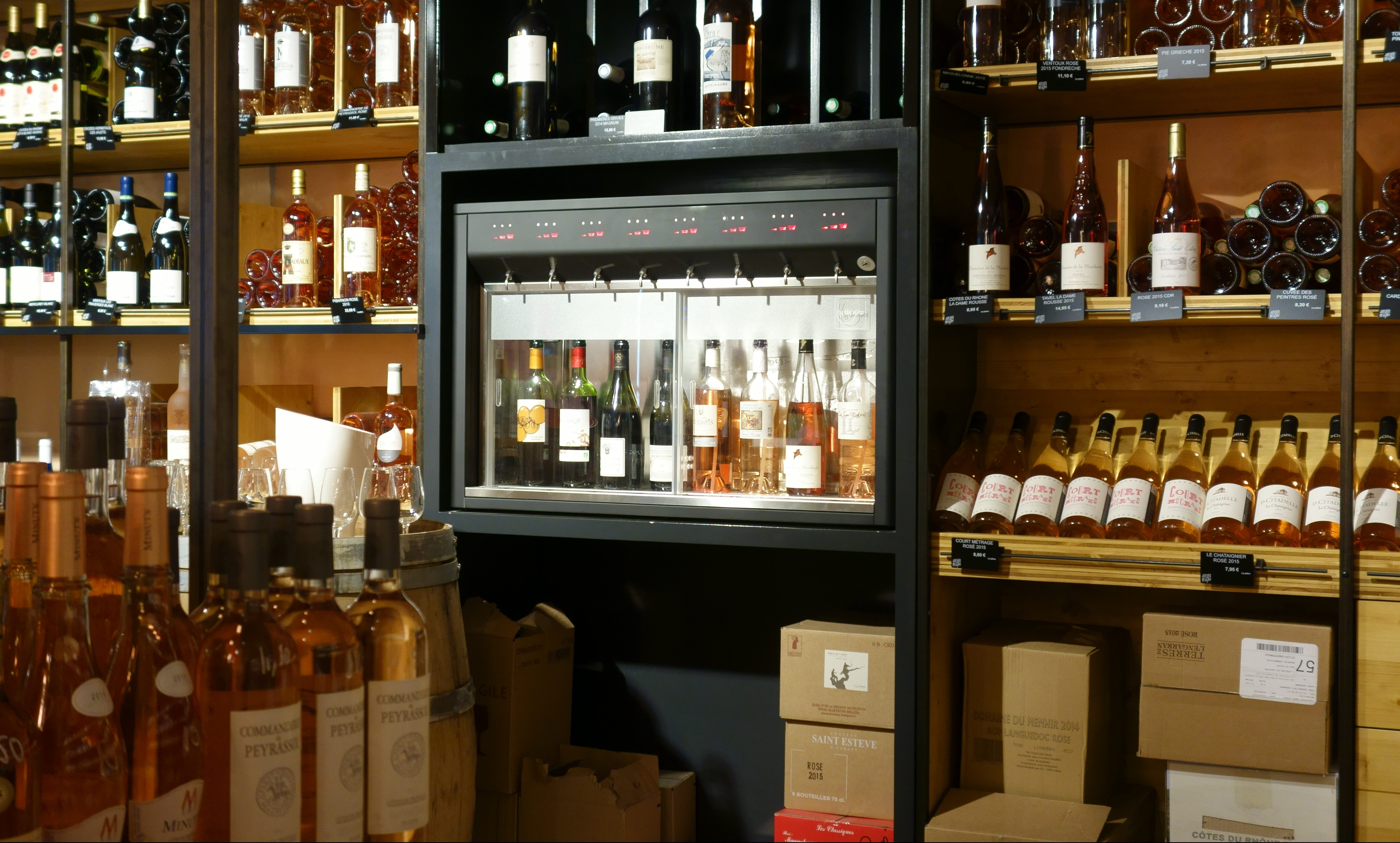 Distributeur de vin au verre compact modèle Stage